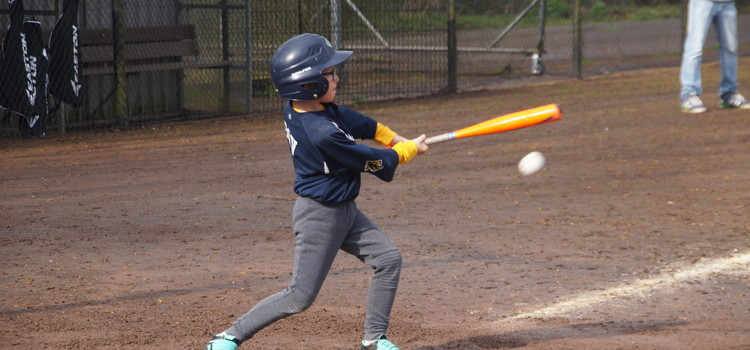 Kasper swings